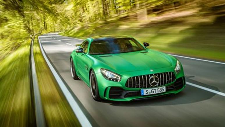 Mercedes - AMG GT R Türkiye fiyatı dudak uçuklatıyor