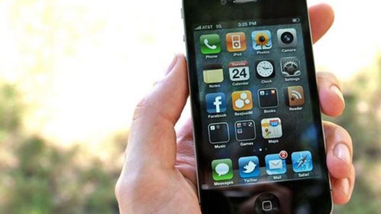 iPhone 4, mucizeye imza attı!