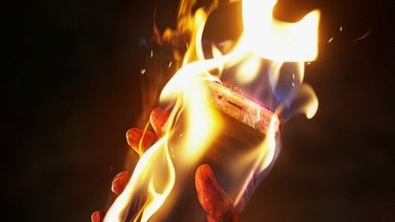 Samsung, Note 7'nin neden patladığını açıkladı!