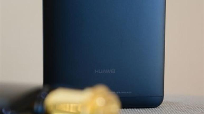 Huawei Mate 10 Lite sızdırıldı (Video)