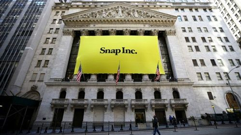 Snapchat, Twitter'a fark attı!