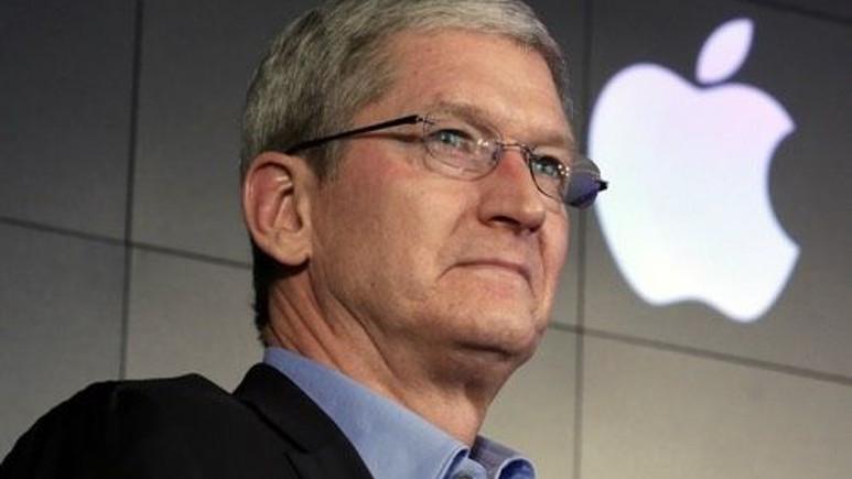 Apple CEO'su Tim Cook, Donald Trump'ı eleştirdi!