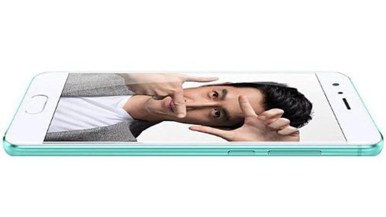 Huawei Honor 9 yeni rengi ile çok iddialı!