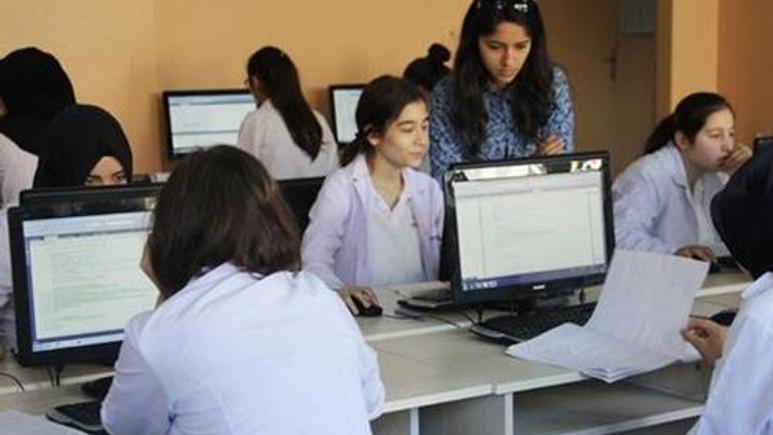 MEB, Bilişim Teknolojileri ve Yazılım dersi için Google'la anlaştı!