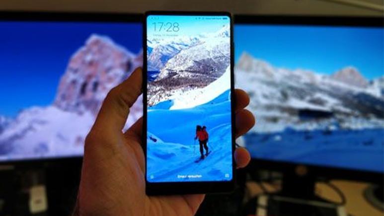 İşte Çinli canavar OnePlus 5T'nin tüm görüntüleri ve özellikleri!