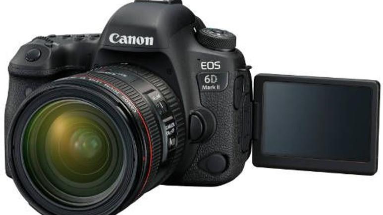 Canon'dan yeni canavar: EOS 6D Mark II