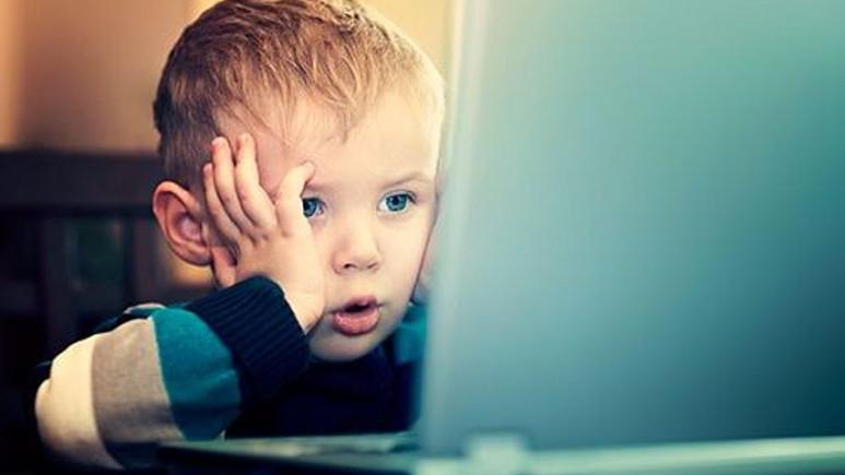 Çocuklara Yönelik Siber Zorbalık Ailelerin Elini Kolunu Bağlıyor