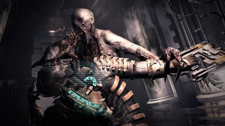 Dead Space 2 bu kadını  o kadar etkilemiş ki...