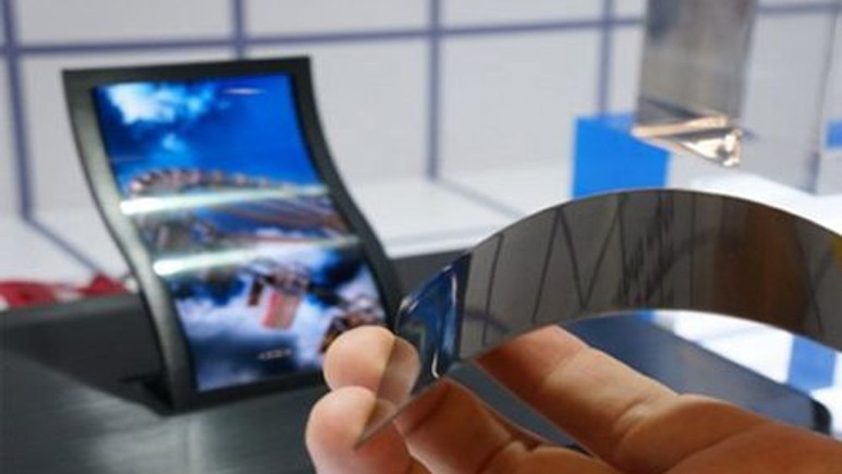 LG'den daha da esnek ekranlı akıllı telefon geliyor!
