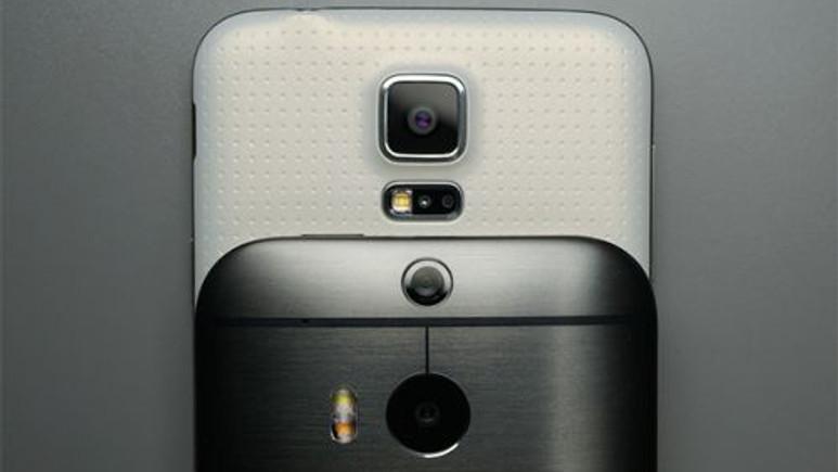 Samsung Galaxy S5 ve HTC One M8 kameraları ile yarışıyor! Video