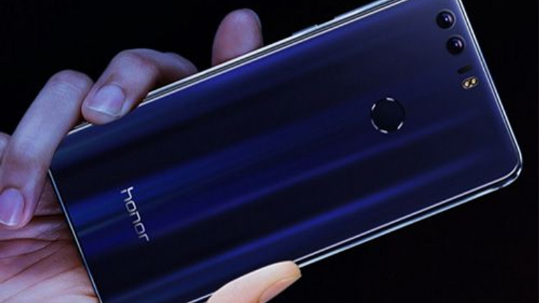 Karşınızda tüm renkleri ile Huawei Honor 9!
