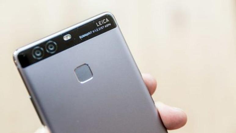 Çift Leica kameralı Huawei P9 ile çekilen monokrom fotoğraflar