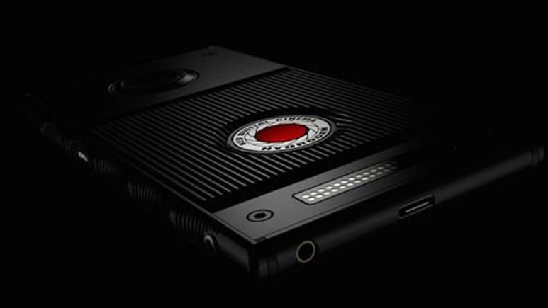 Holografik ekranlı ilk akıllı telefon Hydrogen One!