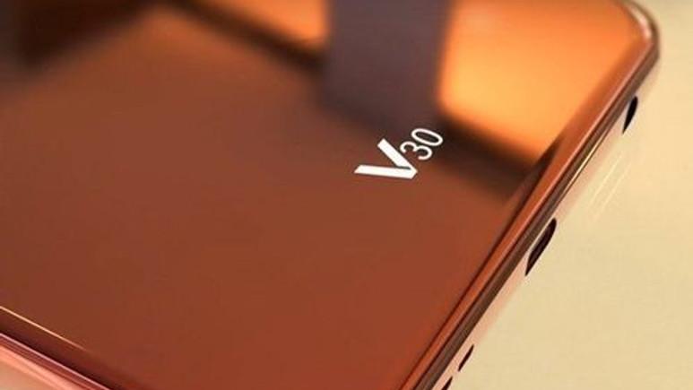 Galaxy Note 8 tanıtımı öncesinde LG V30 videosu!