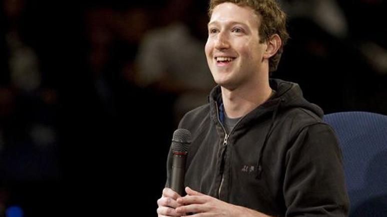 Mark Zuckerberg Facebook'a slideshow özelliği ekledi