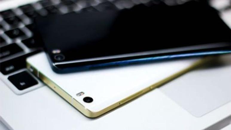 Samsung Galaxy Note 5 erken mi tanıtılacak?