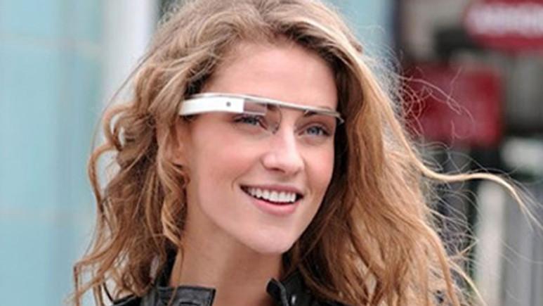 Google'ın Project Glass gözlüğüne yeni özellikler geliyor!