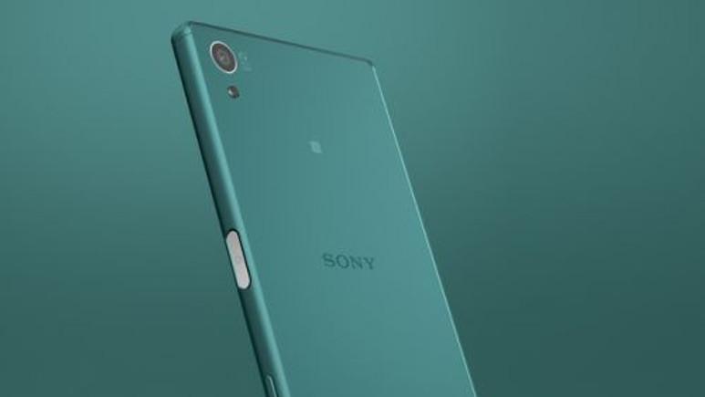 Sony Xperia Z5 ve Xperia Z5 Compact kutu açılımı (Video)