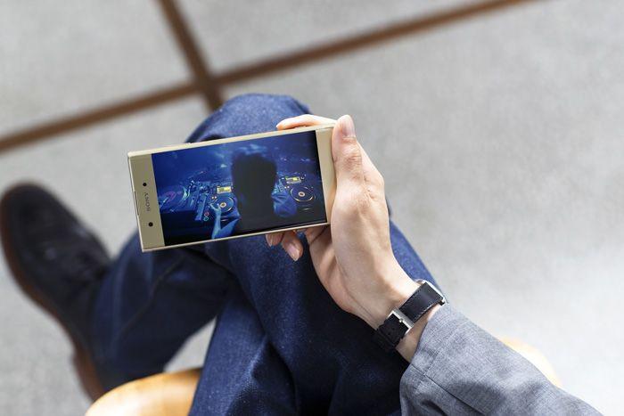 Sony Xperia XA1 Plus Türkiye'de! - Page 4