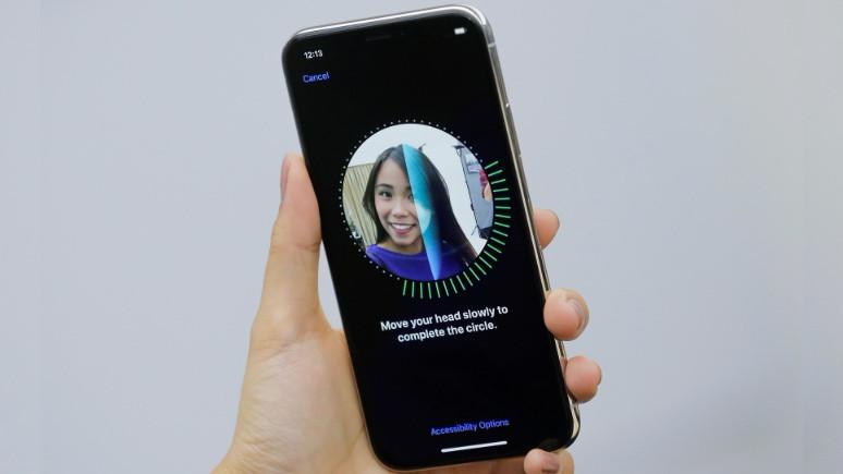 iPhone X'daki Face ID, Çinlileri ayırt edemiyor!