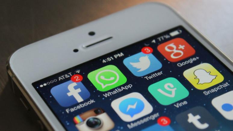 WhatsApp yine Facebook'un başına bela oldu