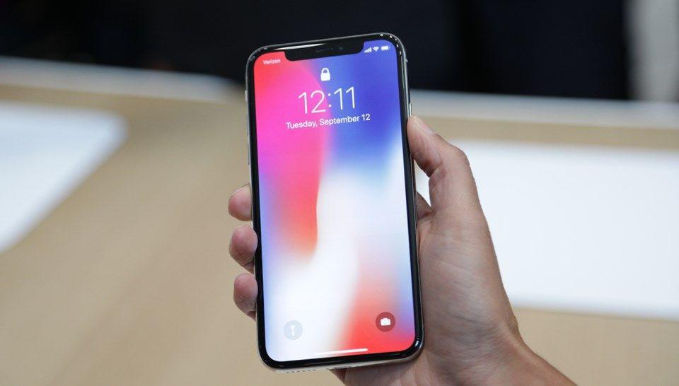 Samsung, iPhone X'ten ne kadar kazanacak? - Page 1