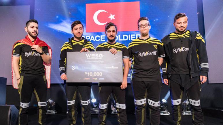 eSpor'da Türk ekipten büyük başarı