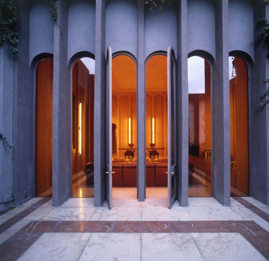 Çimento fabrikasından muhteşem bir ev yaptı - Page 3