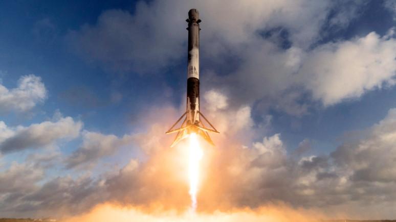 ABD'nin SpaceX'le gönderdiği uydu kayboldu