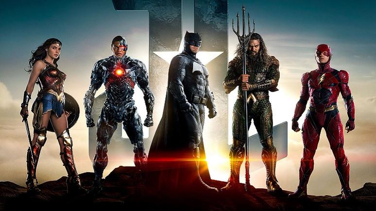 Justice League'nin Yönetmeni Zack Snyder kovuldu!