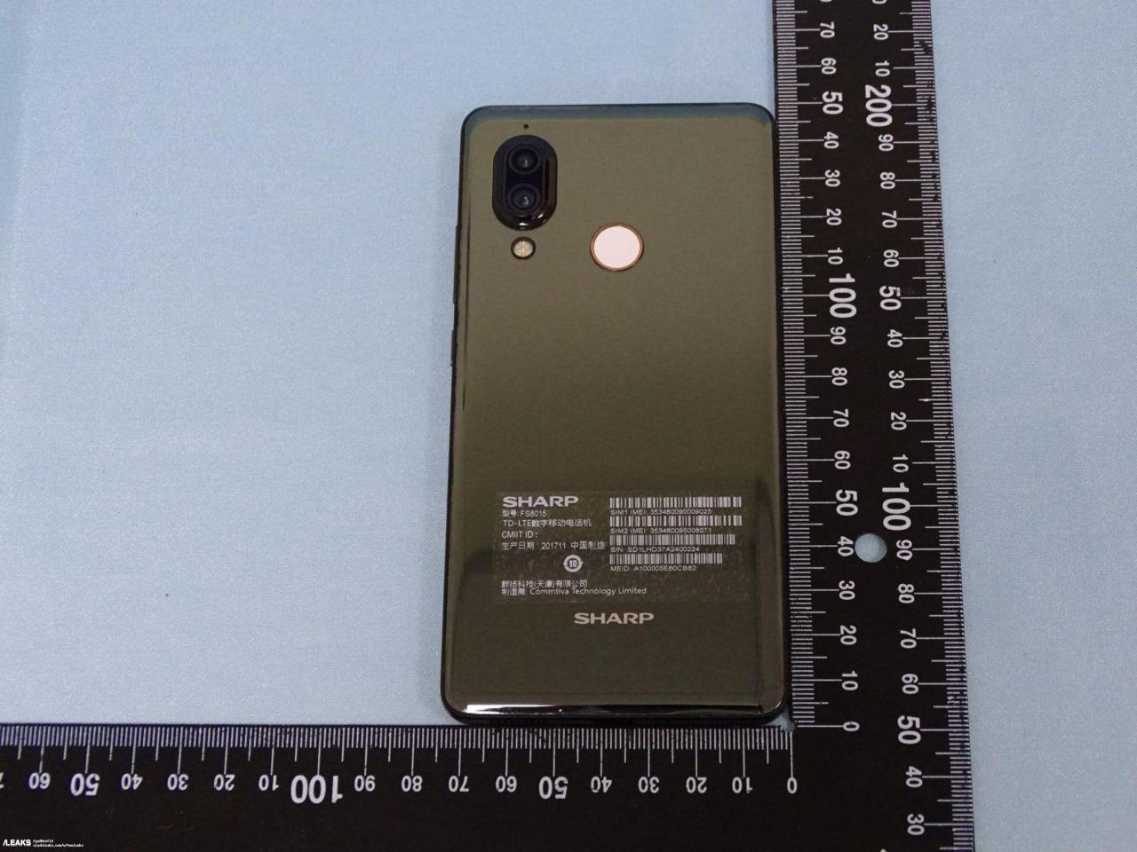 İşte Sharp'ın yeni telefonunun görüntüleri! - Page 2