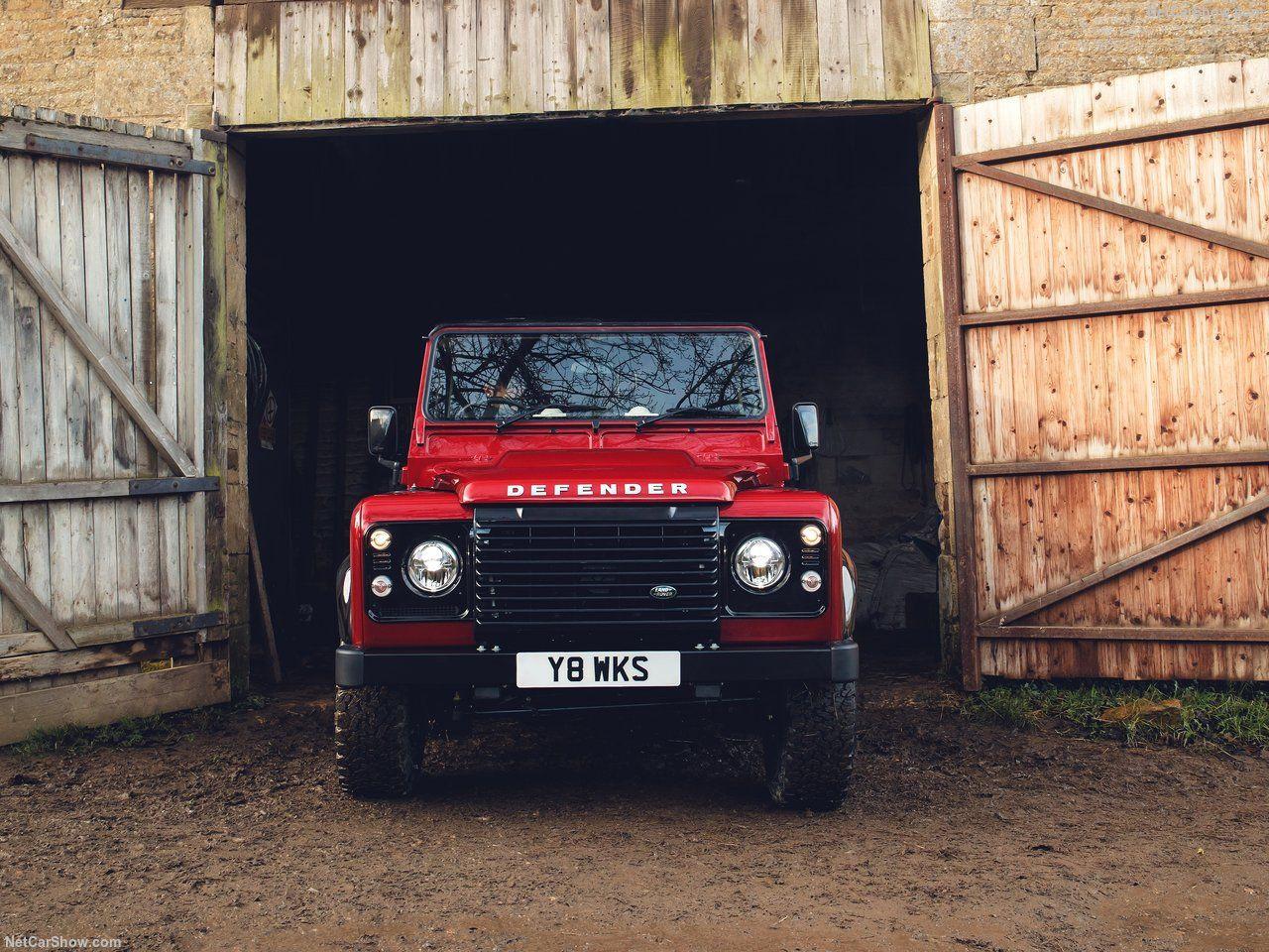 Land Rover Defender Works V8 - Page 2