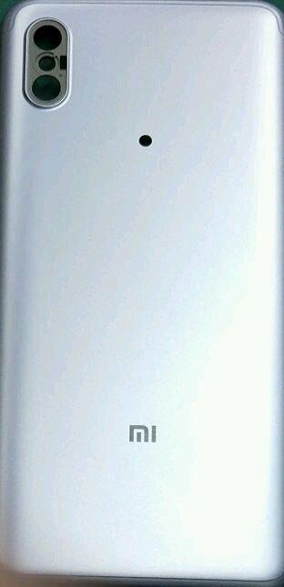 Xiaomi Mi 6X'in sızdırılan görüntüleri! - Page 1