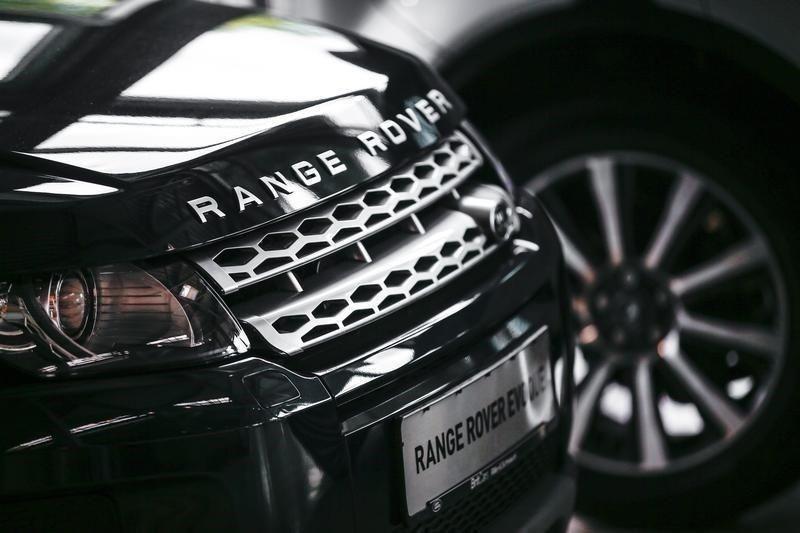 Land Rover'ın akıllı telefonu Bullitt - Page 3