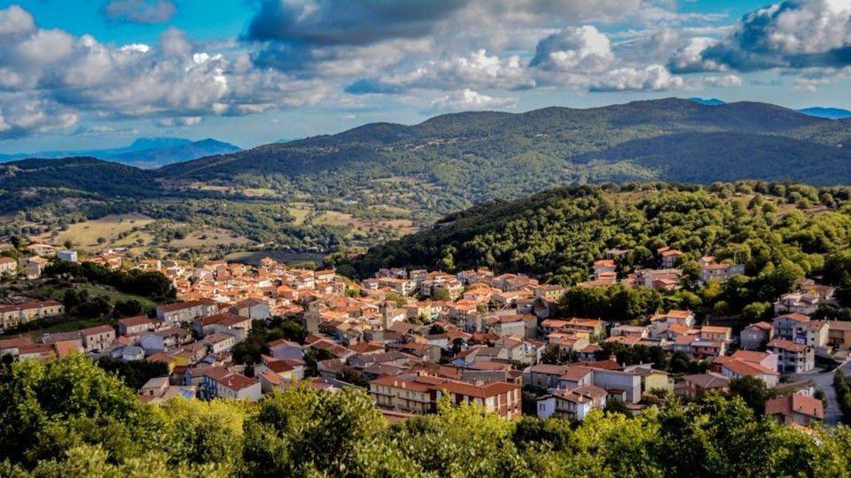 İtalya yok olmamak için 1 euroya ev satıyor - Page 1