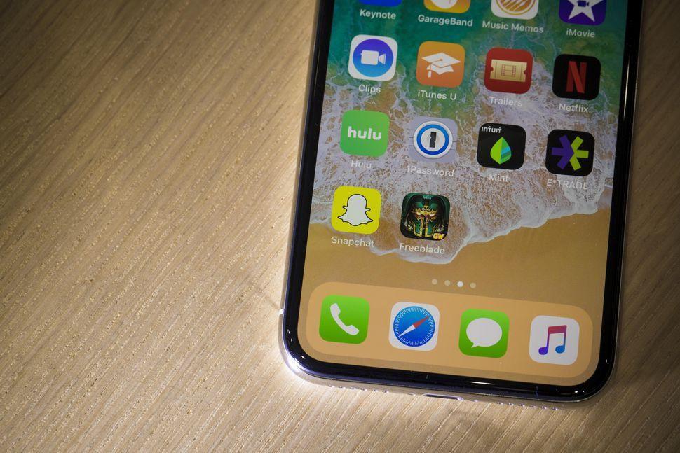 Kaynak kodları internete düşen iPhone tehlikede mi? - Page 4