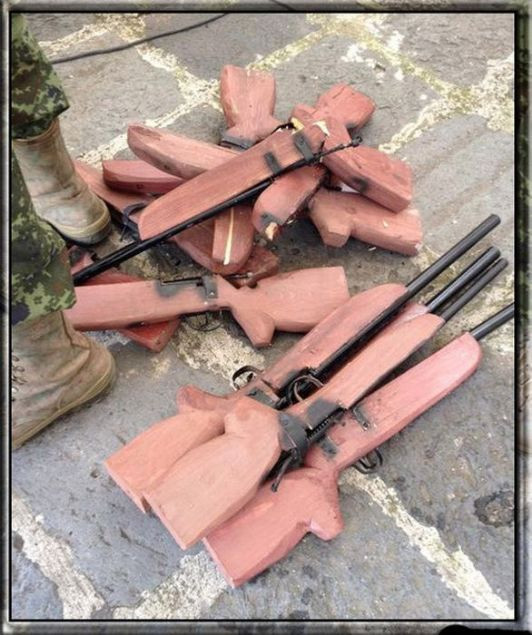 Mahkumların cezaevi koşullarında yaptığı silahlar - Page 2