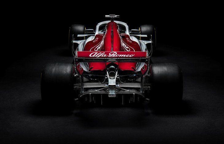 Alfa Romeo, Sauber F1 Takımı'nın yeni aracı C37 - Page 1