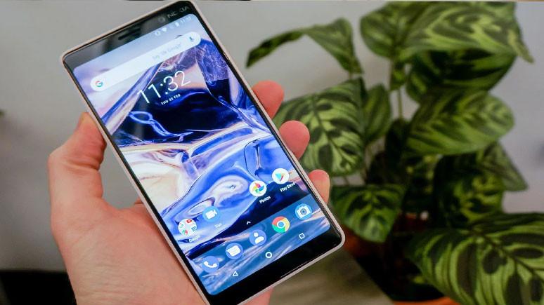 Nokia 7 Plus yok sattı!