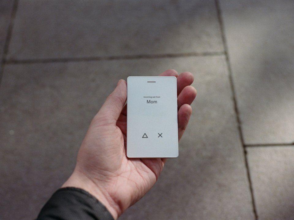 Kredi kartı boyutandaki ''Light Phone'' geri döndü - Page 2