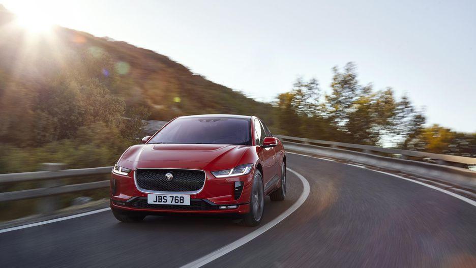 Tesla'nın yeni rakibi Jaguar Pace! - Page 3