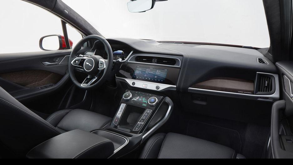 Tesla'nın yeni rakibi Jaguar Pace! - Page 4