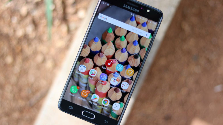 Samsung Galaxy J8 sızdırıldı