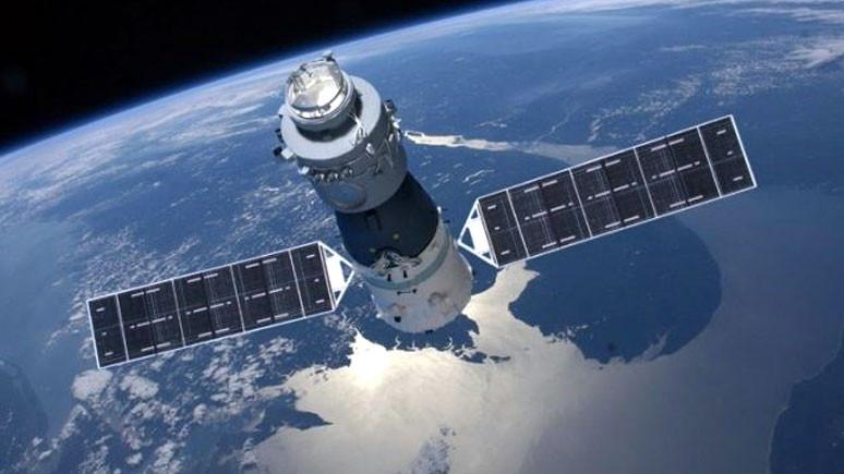 Çin uydusu dünyaya düşecek