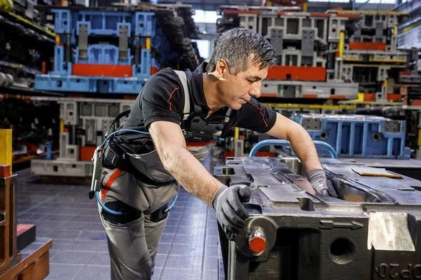 Audi otomobilleri iskelet robotlarla yapıyor - Page 4