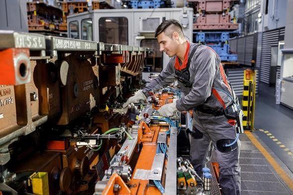 Audi otomobilleri iskelet robotlarla yapıyor - Page 3