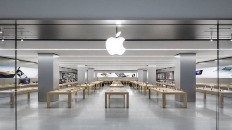 Apple Store bakıma girdi! Yeni ürünler yolda!