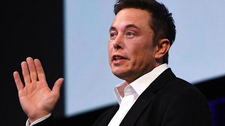 Elon Musk'tan iflas şakası