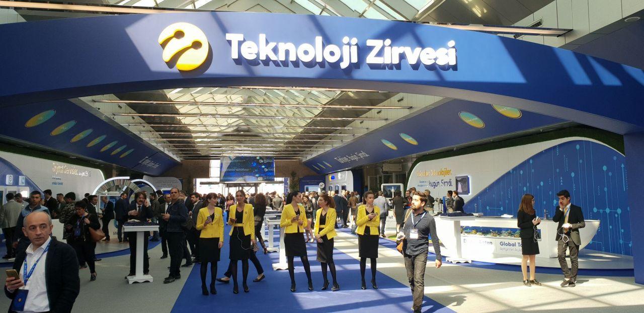 Turkcell Teknoloji Zirvesi'nden kareler - Page 1