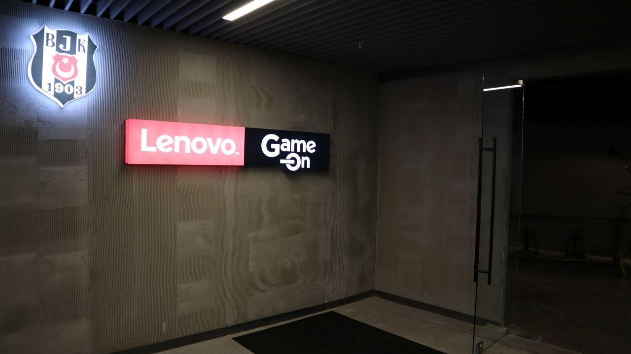 Fotoğraflarla Vodafone Park'taki Lenovo Game On - Page 2